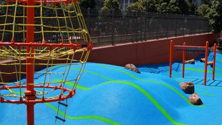 We'll be rocking' the Duboce playground this weekend with our third summer playdate… Find us at the upper playground from 2-3:30pm! Rachel (your lovely host), will be wearing a purple McK shirt. Come play!
